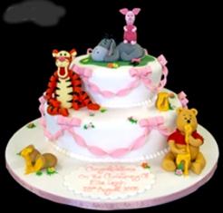 Hermosa Torta De Dos Niveles  De Uno De Los Personajes Preferidos De